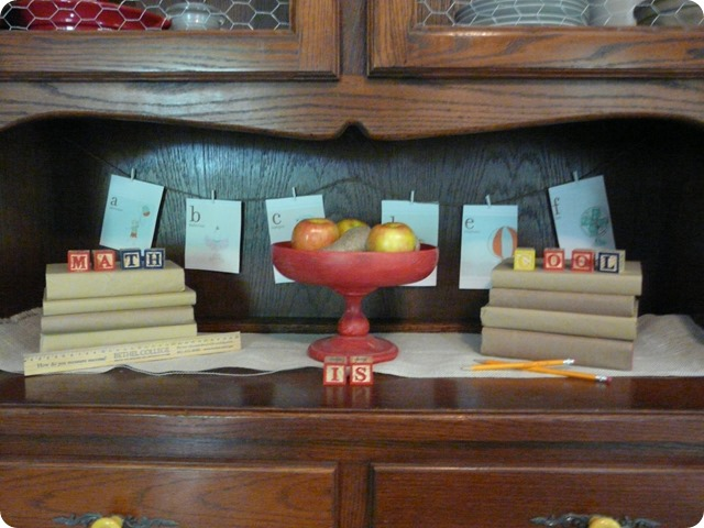 back to school mantle (3)